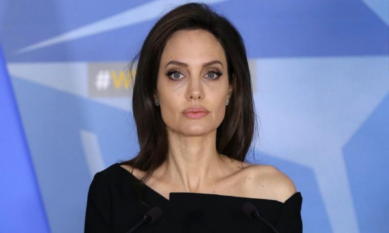 angelina jolie accuesed for being a homewrecker